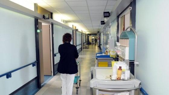 Coronavirus, in Puglia accessi contingentati in tribunali e ospedali: le misure di sicurezza