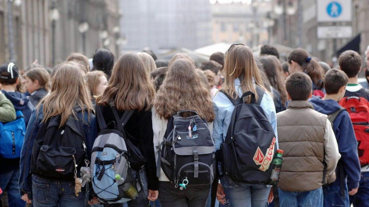 Coronavirus, nelle scuole in Puglia arriva l'ordine ai presidi: stop ...