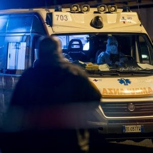 Foggia, lite condominiale per un posto auto: due uomini e una donna portati in ospedale