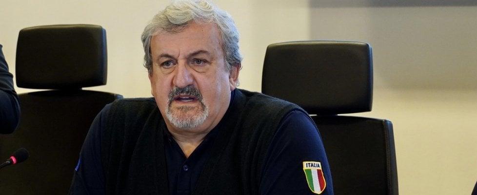 """Puglia, obbligo di quarantena per chi torna dal Nord. Emiliano: """"Ci state portando il virus"""""""