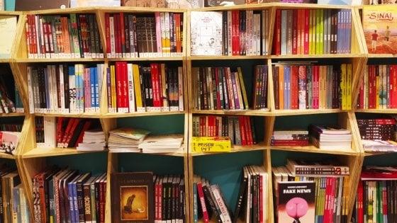 """Coronavirus, a Bari la libreria porta romanzi e fumetti a domicilio: """"Siamo il Just Eat della cultura"""""""