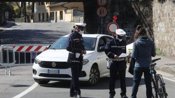 Coronavirus, ad Altamura contagiati 5 vigili urbani e il loro comandante: anche la sindaca si mette in quarantena