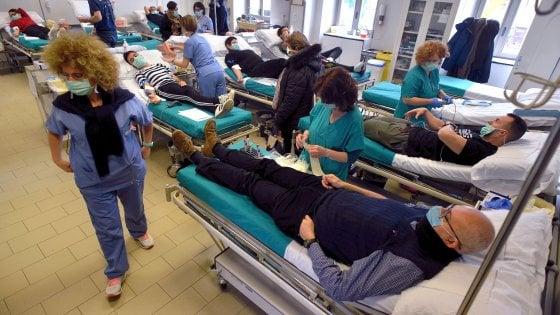 Taranto: donano il sangue e poi vanno in sala operatoria: equipe medica salva bimba di 8 anni da grave emorragia