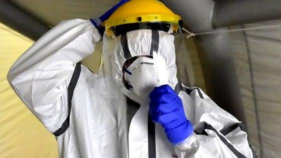 Coronavirus, mercato nero delle mascherine per gli ospedali: Procura di Bari apre un'inchiesta