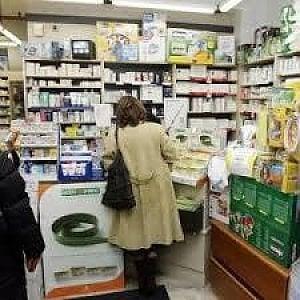 Coronavirus, per le medicine in farmacia basta la tessera sanitaria