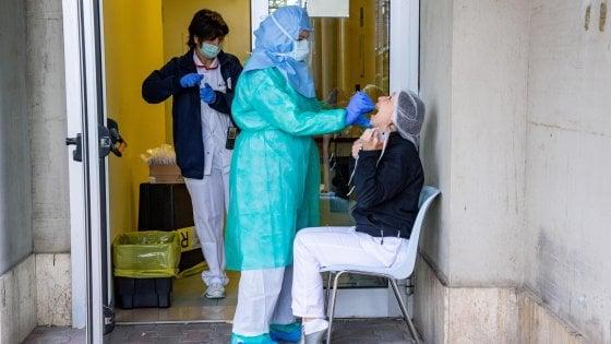 """Coronavirus, sono 72 i medici e gli infermieri contagiati in Puglia: """"Ospedali possibili focolai"""""""