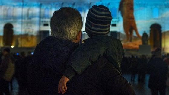 """Il Coronavirus aumenta la distanza tra figli e padri separati. Lo sfogo di Luana: """"Al mio piccolo manca troppo il suo papà"""""""