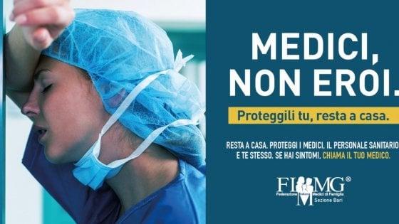 """""""Siamo medici, non eroi"""", la campagna social per invitare i cittadini a restare a casa"""