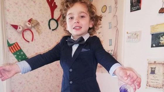 Matera, bimbo di 3 anni trovato morto scivolando nel fiume in piena: si era allontanato mentre giocava fuori casa