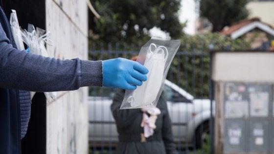 Coronavirus, a Bari spacciatore ai domiciliari con figlia disabile dona 200 mascherine all'ospedale pediatrico