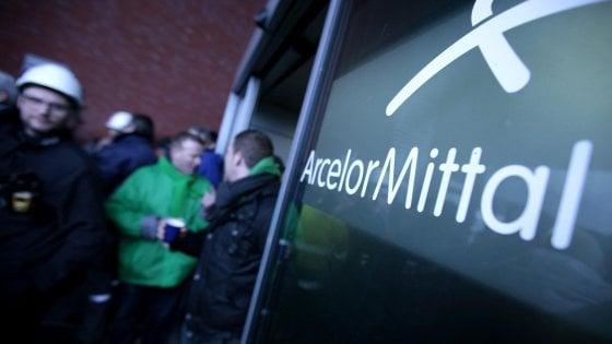 Coronavirus, primo caso sospetto nello stabilimento Arcelor Mittal: sanificato un edificio