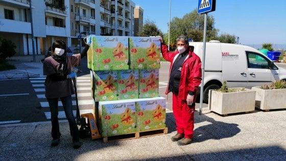 """Coronavirus, a Bari uova di Pasqua e colombe solidali per chi non può comprarle: """"La città affronta unita l'emergenza"""""""