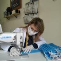 Coronavirus, una mascherina per ogni abitante di Roccaforzata (Taranto):
