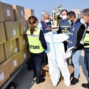 Coronavirus, arrivato dalla Cina un cargo con 26 tonnellate di dispositivi