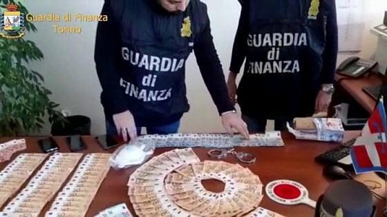Coronavirus, imprenditore barese arrestato per corruzione: mazzetta per appalto di sanificazione a Torino