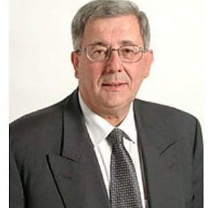 Morto Pino Specchia, senatore per 5 legislature