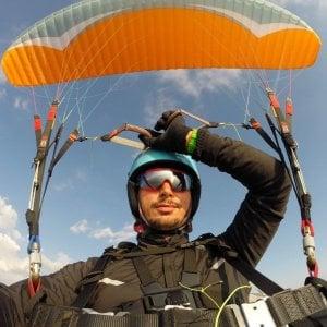 Foggia, precipita con il parapendio sui Monti Dauni: muore 35enne