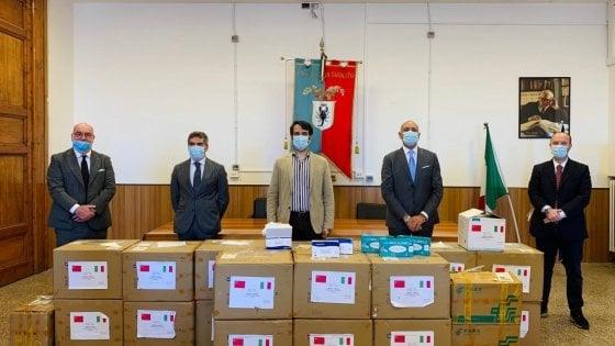 Coronavirus, 40mila mascherine donate dalla città cinese di Changshu a Taranto