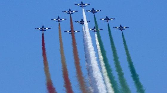 Le Frecce Tricolori tornano nei cieli di Bari: il 28 maggio il 'Giro d'Italia' in ricordo delle vittime del Covid-19