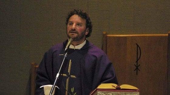 Medici volontari per i senzatetto di Bari, la parrocchia di San Sabino si trasforma in ambulatorio