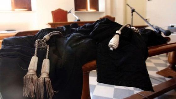 Taranto, lavoratore dell'Arsenale morì per l'amianto: il ministero dovrà risarcire i familiari