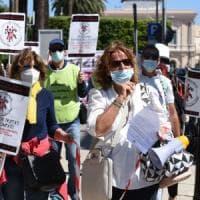 Popolare di Bari, la protesta degli azionisti: