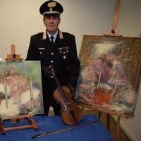 Bari, vendeva online un violino Stradivari e due quadri di Fontana: erano falsi....