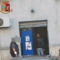 Taranto, con le staffette sugli scooter rifornivano di droga il quartiere
