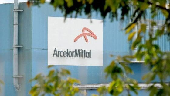 Taranto, salta l'ispezione dei commissari dell'Ilva nello stabilimento ArcelorMittal. L'azienda non li fa entrare