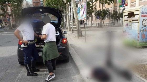 """Bari, 23 multe a bici e monopattini elettrici che violano le regole: fino a 666 euro. """"Tutte a persone giovani"""""""