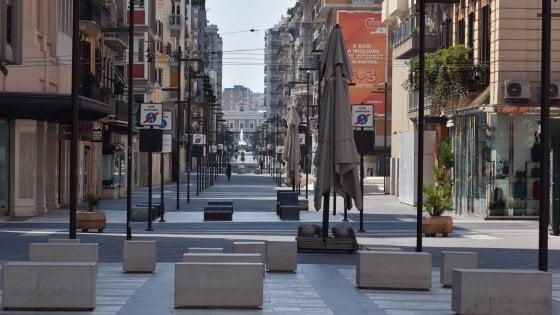 Ritorno al futuro, le segnalazioni dei lettori a Bari: biblioteche chiuse, piazze a metà e associazioni senza risorse