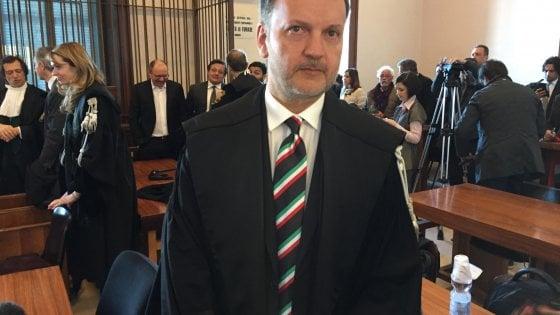 Minacce a testimoni e falso nei verbali degli interrogatori, indagato il pm di Bari Michele Ruggiero