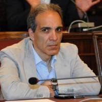Regionali in Puglia, scatta l'inchiesta: assunzioni in cambio della promessa di voti....