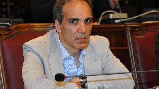 Corruzione, in Puglia altri 10 indagati con l'assessore Pisicchio: anche un dirigente del Comune di Bari