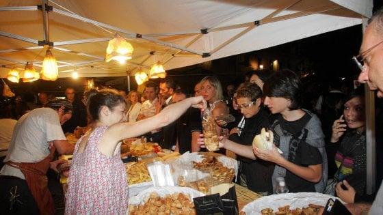 Fase 3, in Puglia via libera alle sagre e feste patronali: ma prenotazioni online e distanziamento