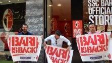 Calcio, a Bari gli striscioni  da appendere sui balconi