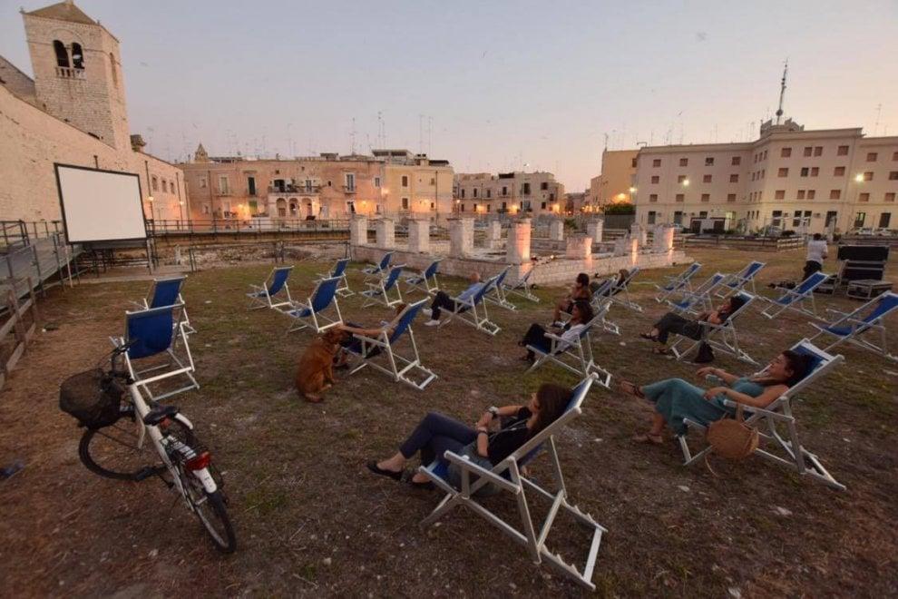Bari, sulle sdraio nel parco archeologico: film e incontri per l'estate in città