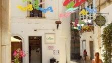 Farfalle sospese su strade di Martina Franca