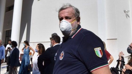 """Michele Emiliano: """"Renzi e Fitto sono alleati. Cari 5 Stelle, aiutatemi a fermare la destra che danneggia la Puglia"""""""