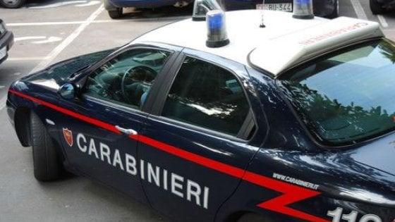 Lecce, costringe figliastro disabile a subire abusi sessuali e lo filma: arrestato un 48enne