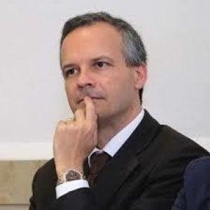 Nunzio Angiola archivia M5s e passa con Calenda: è il secondo parlamentare per Azione