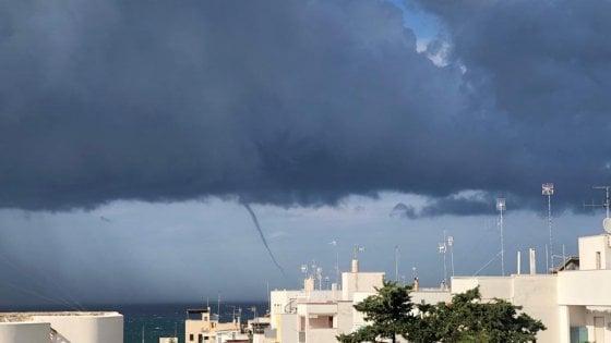 Maltempo, allerta arancione in Puglia per i temporali. Tromba marina a Torre a Mare