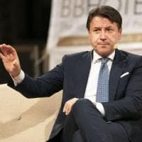 """Il premier Conte: """"Tunnel sottomarino per lo Stretto di Messina"""". Sul vaccino: """"Non..."""