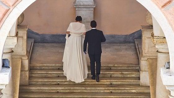 """Unioni civili, Papa Francesco favorevole: """"Ne hanno diritto"""""""