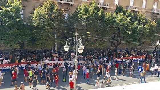 Foggia: non si mangia e non si beve all'aperto e altre misure nell'ordinanza urgente del sindaco Franco Landella dispone nuove limitazioni per il contrasto al corona virus