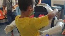 Robot regala sorrisi  nel reparto di Pediatria