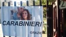 """Omicidio Lecce, cartello """"Grazie carabinieri"""""""
