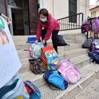 """Puglia, scuole chiuse ma la didattica a distanza non è partita: riunioni nel weekend. """"Il..."""
