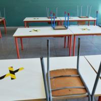 """Decaro: """"Contagi in aumento, in Puglia ci saranno restrizioni sulle scuole"""""""
