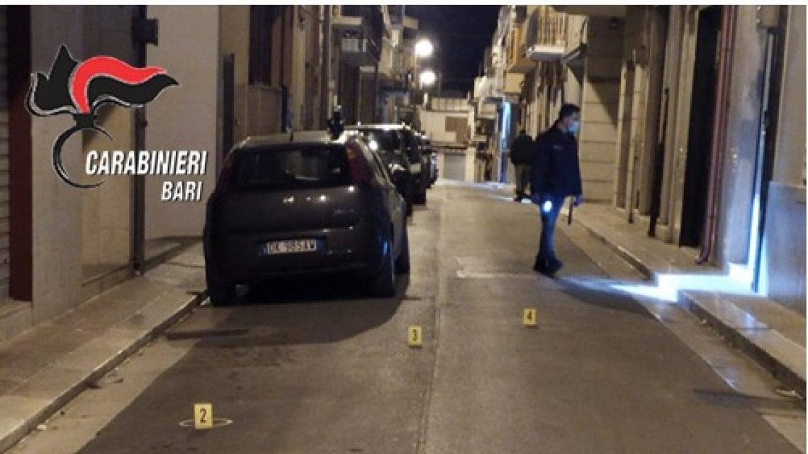 """133941898 99e46c3d 131f 4dc7 b54f b8d2b9066df3 - Andria, spara tra la folla e ferisce rivale in amore: arrestato 25enne. """"Ma nessun testimone ha denunciato"""""""